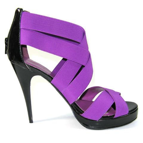 紫色绑带高跟鞋